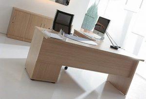 mesa de trabajo ordenada
